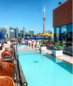 rooftop pool at Lavelle with CN tower in distance
